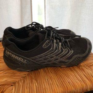 Merrell Men's training shoes. Smoke free home.
